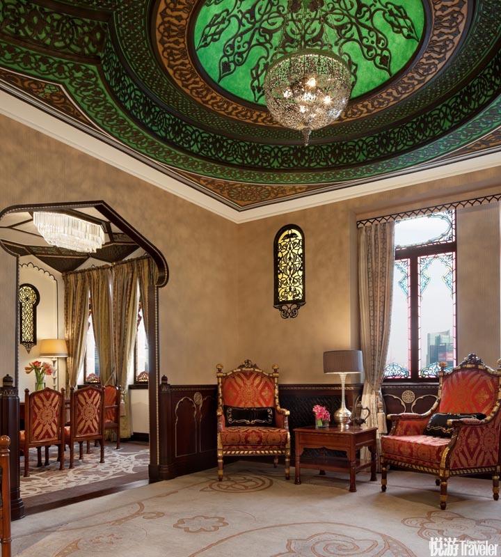 上海和平飯店 Fairmont Peace Hotel Shanghai:開幕于1929年,由維克多沙遜爵士締造,至今仍是外灘最受矚...