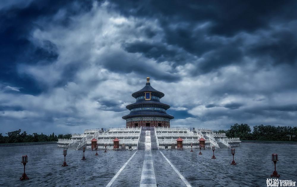北京天坛。 阴云密布下的祈年殿。凸显出古建的厚重美与历史的沧桑感。
