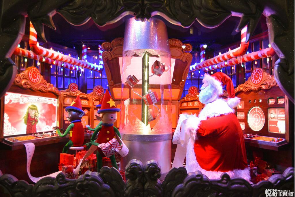 当地时间2016年12月20日,美国纽约,梅西百货的圣诞橱窗。