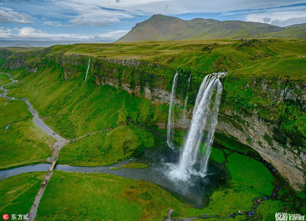 冰岛全境遍布国家公园与自然保护区,其中最壮观的是Myvatn自然保护区与Tingvellir、杰古沙龙、史卡法特(...