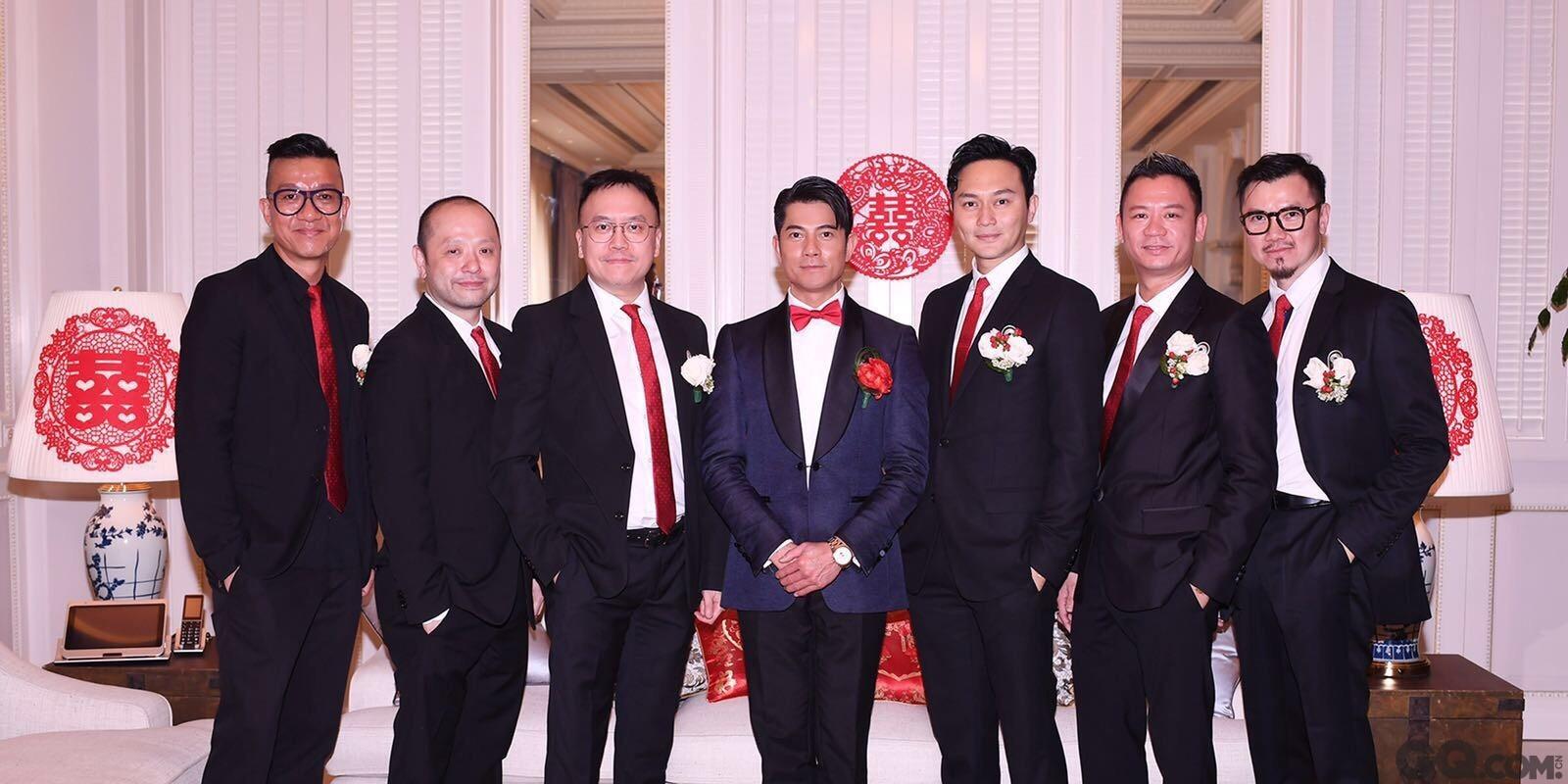 婚礼简单低调,只宴请圈中好友张智霖夫妇,邱淑贞夫妇,以及经纪人小美参加,筵开四、五席,主要为双方家人到场见证。