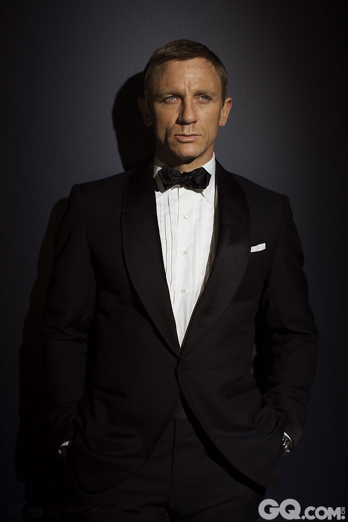 他还需要再介绍吗?不了解的话请回去复习一遍他所主演的《007》电影。