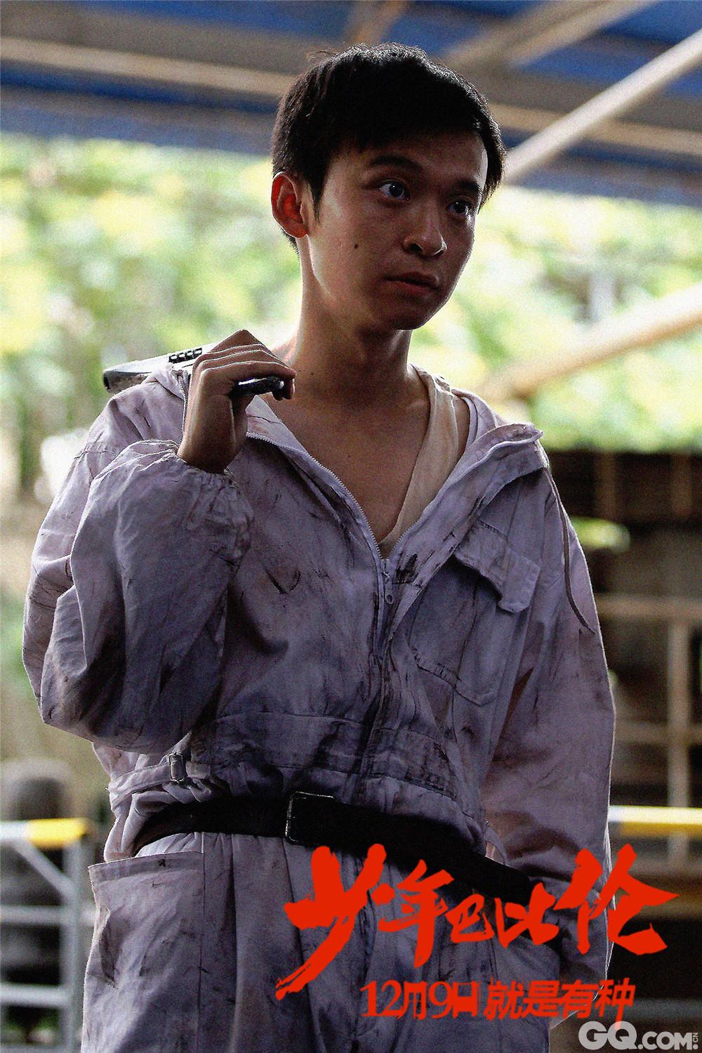 由相国强执导,董子健,李梦主演的电影《少年巴比伦》近日在青岛举行