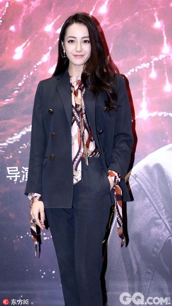 Angelababy(杨颖)由于身体原因暂退第五季录制!据悉,《奔跑吧兄弟》第五季会于2月20日-24日期间在杭州和上海两地进行第一次录制。