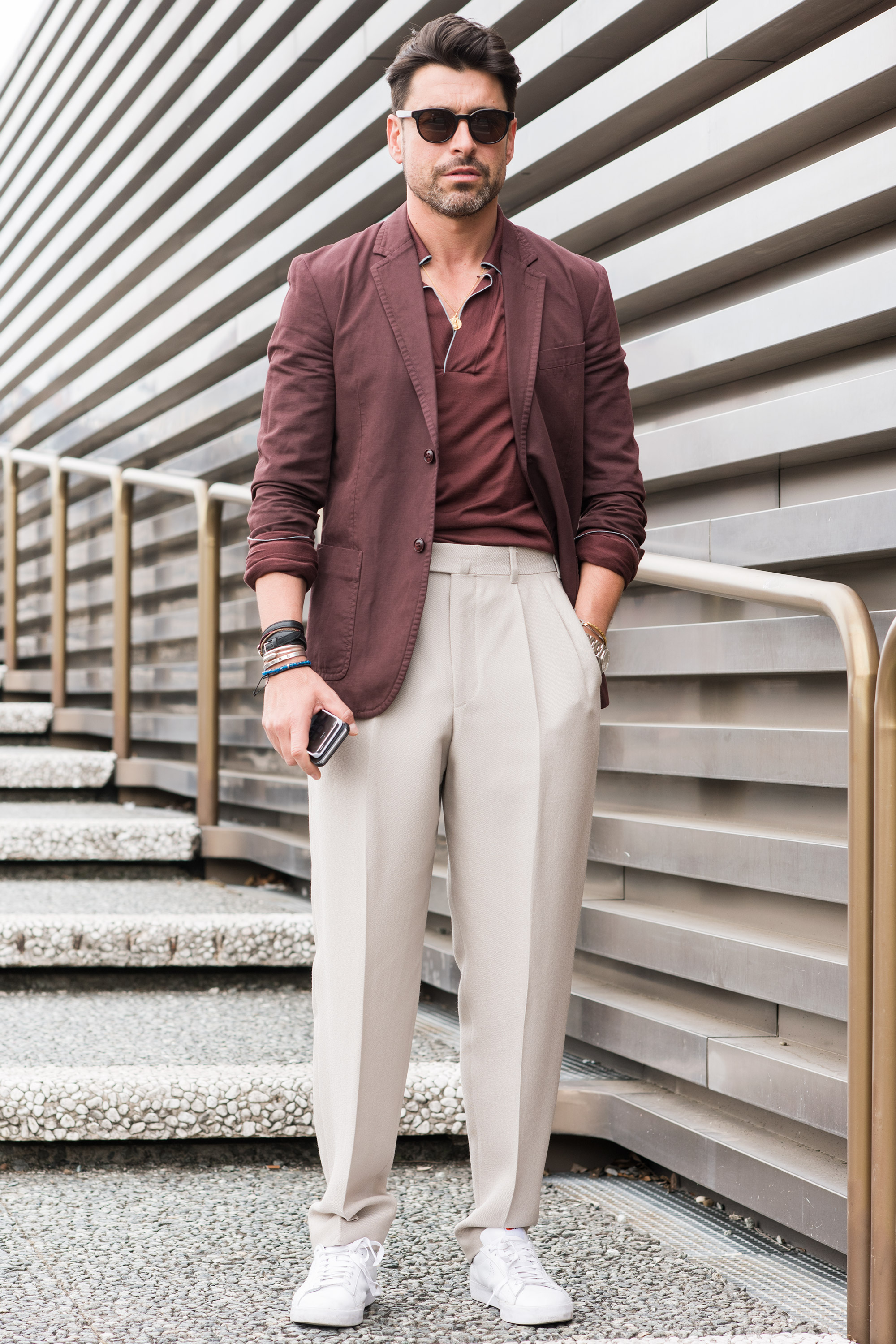 Alex Sunglasses: Paul Smith Blazer: Marc Jacobs Polo: Salvatore Ferragamo Pants: Zegna Couture Bracelets: Hermes and vintage Watch: Rolex Sneakers: Nike  Cheapest piece: My Nike Oldest piece: the bracelet  Inspiration: I was influenced by the Tuscany and the beautiful colors of hills.(我受了托斯卡纳和那些山丘的漂亮颜色的影响。)