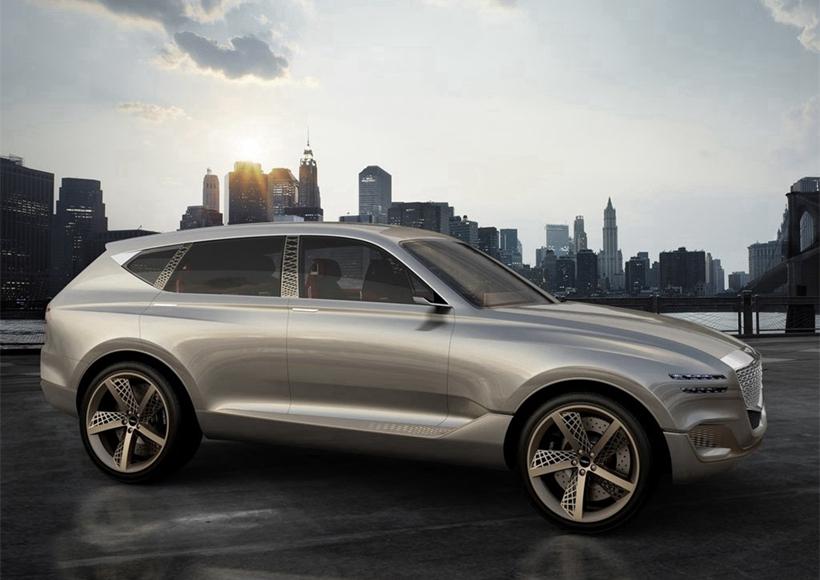 在2017纽约车展上,现代旗下高端品牌Genesis带来旗下的首款SUV概念车——GV80,这款车还是一款氢燃料电池车,设计简单,没有过多复杂的元素,但是暗藏奢华,极具性能。