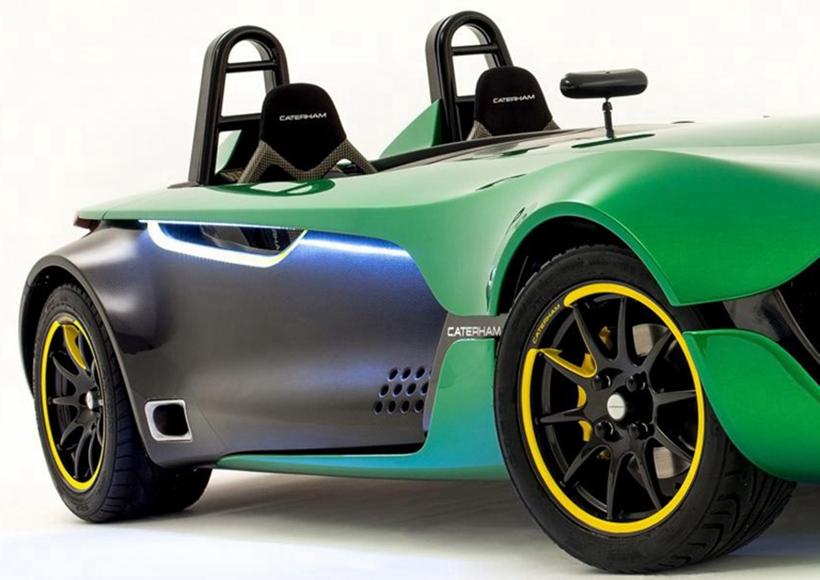 正是因为AeroSeven极轻的车身,让它仅仅使用福特2.0L Duratec自然吸气发动机也能够拥有不到4秒的百公里加速时间。同时,也让它成为了一名名副其实的地球守卫者。