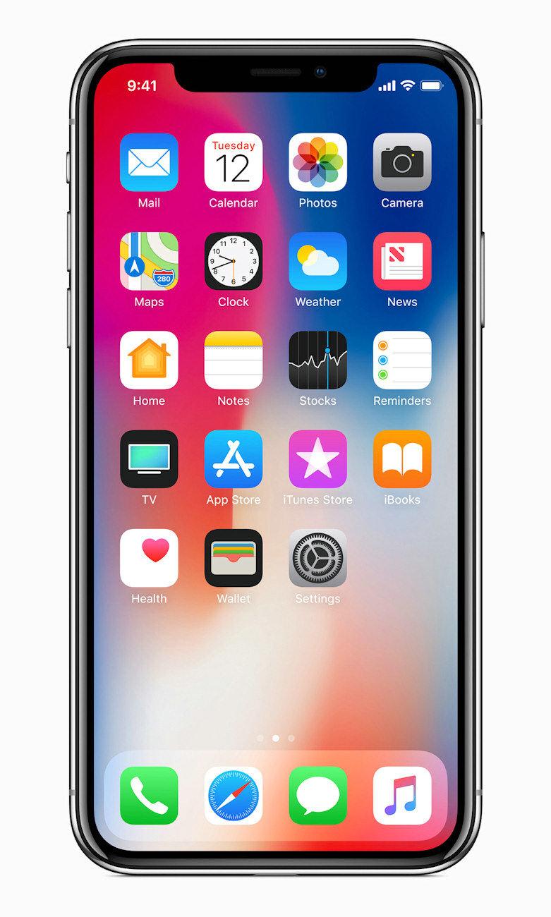 """而""""one more thing""""环节中的iPhone X才着实让人惊讶。为纪念苹果十周年的iPhone X似乎也是苹果的情怀套路,用X代表的罗马数字十,正是苹果十年的一大馈礼。"""