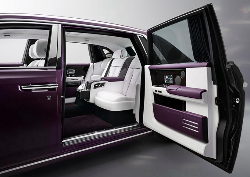 随着劳斯莱斯下一章故事的展开,幻影为全球汽车奢侈品行业开辟了一条新的道路。