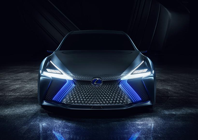 """值得一提的是,在Lexus LS plus Concept上,已经搭载Lexus 的""""高速伙伴""""(Highway Teammate)自动驾驶技术,该技术也准备于2020年正式投入应用当中,这也象征着人车交互技术向前迈了一大步。"""