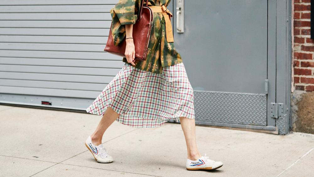 夏天的美裙 當然配帆布鞋最好看