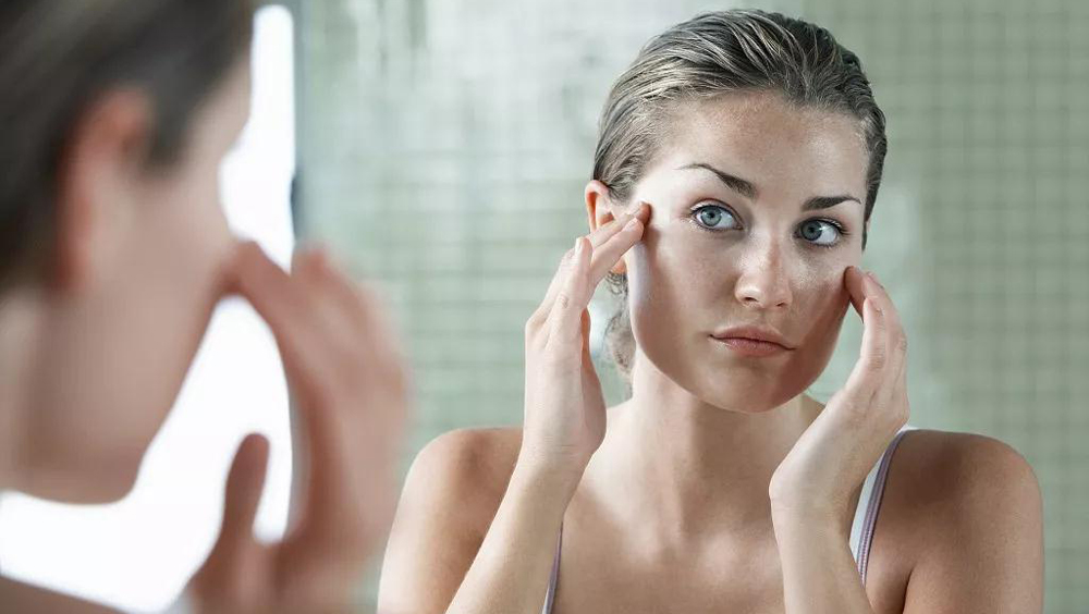 明明皮膚很細膩,可為什么有的人看起來很顯老?