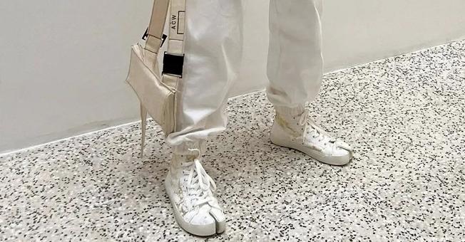 """那些年讓我嫌棄的""""丑鞋"""",如今卻這么時髦"""