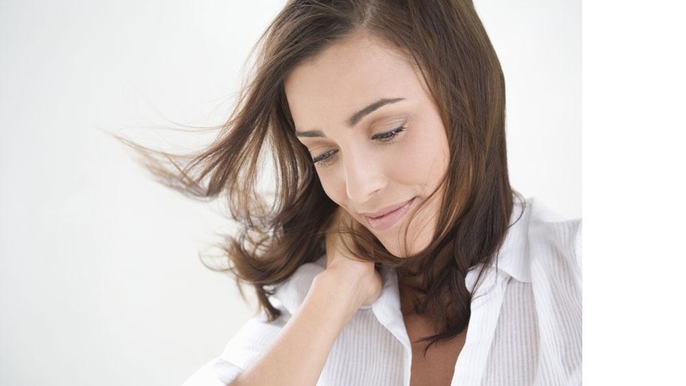 强健发根 直击6个频繁掉发的原因