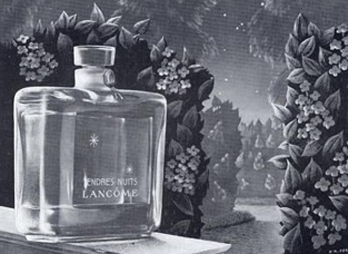 美容品牌们的第一件产品,原来是它