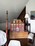 花费两年时间制作的娃娃屋。