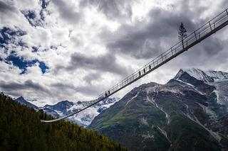 Building Bridges 桥上秋意浓