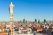 """直到一个半世纪以前,米兰都处于运河的环绕中,可谓波河流域的""""威尼斯""""。彼时,为了保证大教堂的建设,..."""