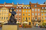 华沙美人鱼雕像:华沙美人鱼是华沙的城徽,华沙的骄做。华沙有两座美人鱼雕塑,一座位于碧波粼粼的维斯瓦...