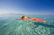 有爱之岛(Love Island)之称的大溪地,是南太平洋上波里尼西亚群岛118岛中的最大海岛。