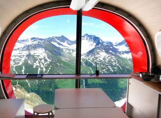 十一酒店订起来 创意风景房让你躺着俯瞰各国绝佳美景