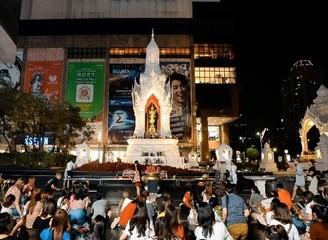 """""""以愛之名"""" 泰國中央世界商業中心邀請游客拜訪愛神"""