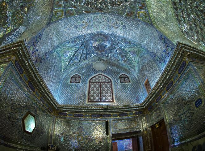 摄影师捕捉伊朗建筑之美 繁复细节充满迷幻色彩