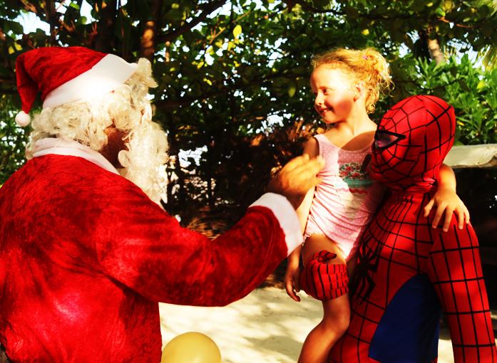 瑞僖敦度假村推出热带海岛圣诞体验