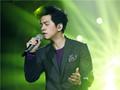 李健身着Sandro 2014秋冬系列出席歌唱比赛《我是歌手》节目录制