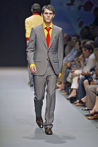 Look 3 from the Spring/Summer 2005 collection