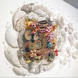 超逼真!巨型珊瑚雕塑反映海洋变化