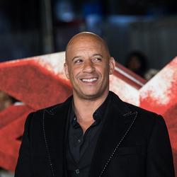 《极限特工3》伦敦首映 范-迪赛尔空降红毯