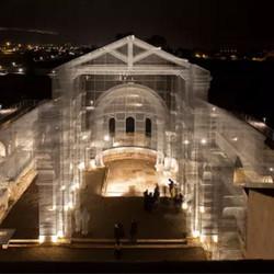 阿联酋皇室宴会上的虚构宫殿,非常魔幻