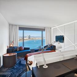 风情、美景、海鲜……还有音乐! 巴萨罗那W酒店都想到了