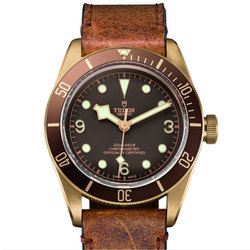 从腕表颜色你能看出它是什么材质吗?