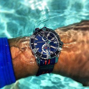 腕表 夏天讲究的那一抹蓝