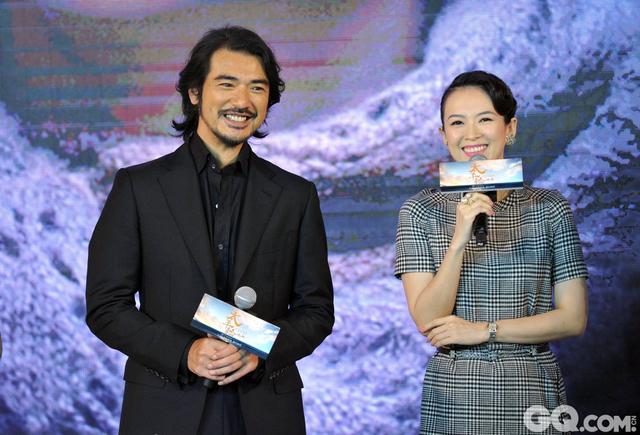 在参加吴宇森导演的电影《太平轮》发布会时