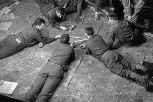 战地摄影师罗伯特·卡帕的D-days