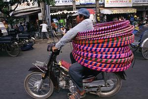 摩托车王国越南的街头奇景