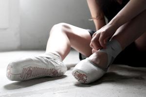 智能芭蕾舞鞋,记录舞者足尖的艺术