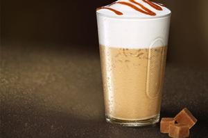 咖啡拥抱香浓甜点 给你超凡味蕾享受