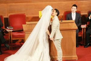 """王祖蓝终于迎娶""""大长腿"""""""