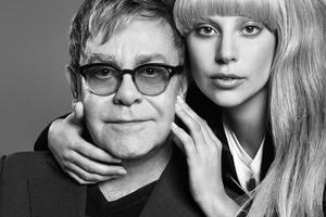 Daily   Gaga推出限量款服装