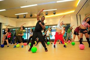 """宝力豪健身请来好莱坞明星私人导师 发布""""篮球街舞""""新课程"""