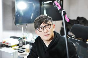 黄磊直播剪辑《麻烦家族》创先河 卖萌搞怪向网友示爱不断