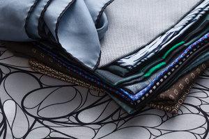 如何保养你的口袋方巾?