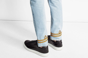 优雅如王室衣装的刺绣牛仔裤