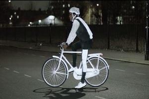 五一骑行 共享单车和数码更配哦!