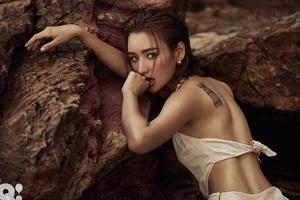 礁石与性感女人