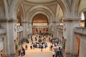 大都会博物馆下届时尚展主题——宗教与时尚